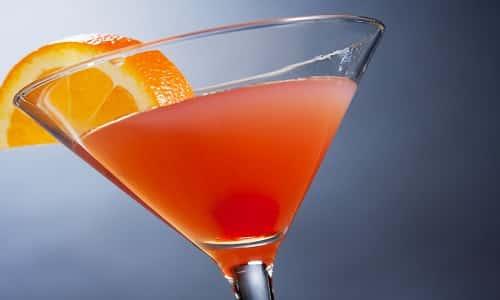 L-карнитин в жидкой форме специалисты советуют употреблять в виде коктейлей за 15-20 минут перед основным приемом пищи