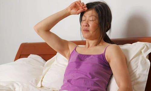 При длительном применении валериана может вызвать повышенную потливость