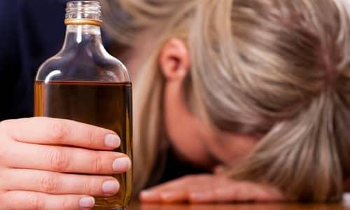 Алкогольная интоксикация является показанием к применению тиамина