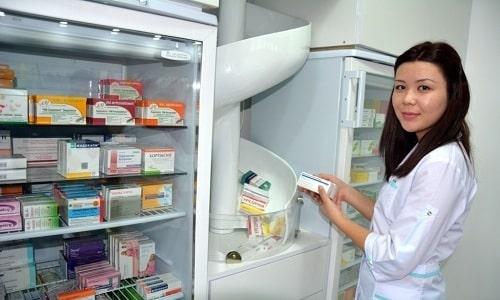 Приобрести Элькар можно в аптеке без рецепта врача