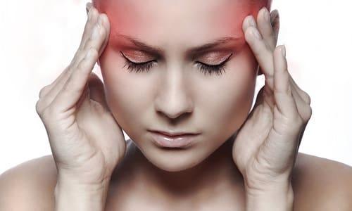 На фоне приема Дексаметазона может возникать головная боль