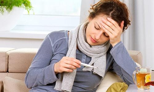 Вольтарен относится к нестероидным противовоспалительным средствам и обладает жаропонижающим эффектом