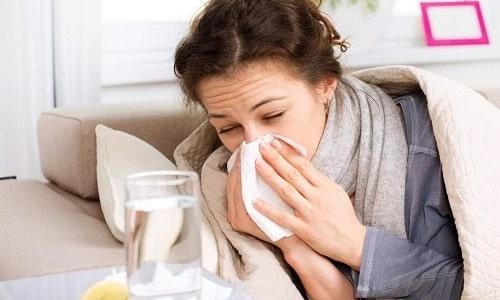 В список противопоказаний к приему Анаприлина входит ринит, вызванный расширением сосудов слизистой носа