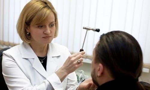Кеналог 40 может вызвать ухудшение зрения вплоть до его полной потери
