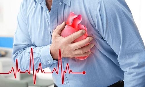 Пациентам до 55 лет при условии отсутствия нарушений функции сердца назначают препарат в дозировке до 1,8 мкг/кг массы тела