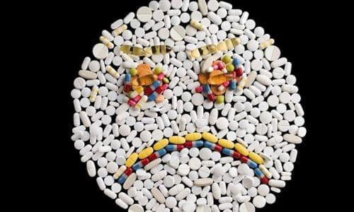 Преднизолон вступает во взаимодействие с различными медикаментами, при этом есть риск развития нежелательных эффектов